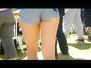 Upskirt ass amateur